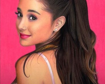Ariana Grande drawing with pencil
