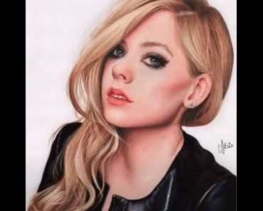 Avril Lavigne Drawing with Pencil - How to draw a Beautiful Girl