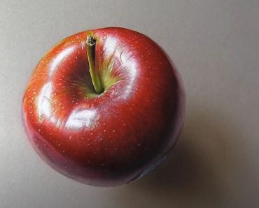 How to draw a realistic Apple with Pencil